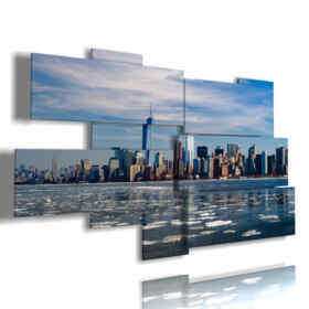 New York picture coming from the sea