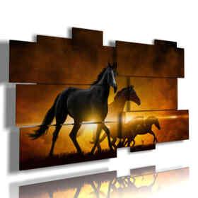 cuadros de caballos modernos se bañaron en la puesta del sol