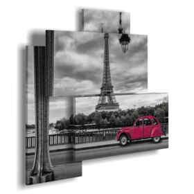plaza de París con el coche rojo de la vendimia