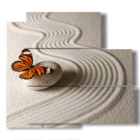 quadro con farfalla in una mondo di sabbia