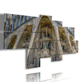 paintings in Barcelona Sagrada Familia
