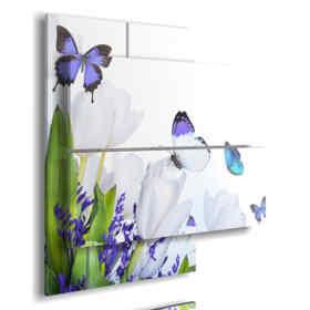 cuadro 3d con las mariposas y las flores púrpuras