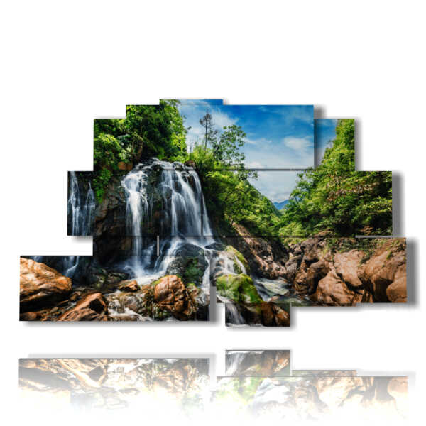tableaux chute d'eau dans les roches