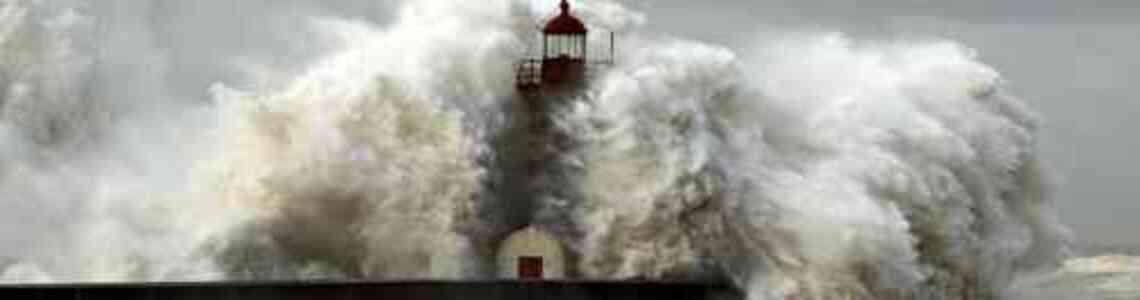 tableaux modernes avec la mer et le phare